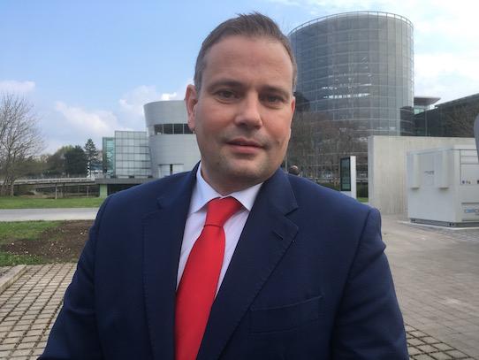 Lars Dittert – der neue Standortleiter der Gläsernen Manufaktur. Foto: Stephan Hönigschmid