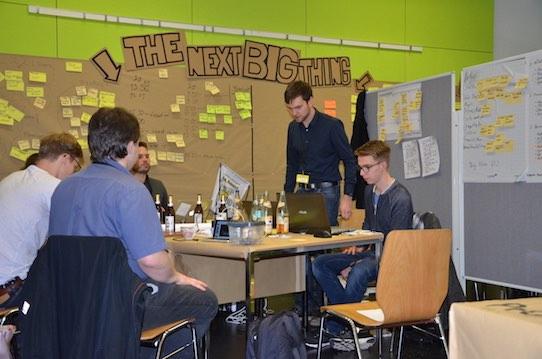 Von Freitag bis Sonntag tüftelten die Teams an ihren Ideen. Foto: Stephan Hönigschmid
