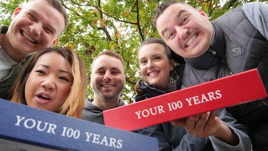 Felix Bormann (re.) und sein Team von Your 100 Years. Foto: PR/Your 100 Years