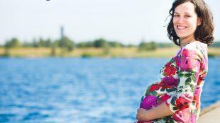 Mit Hilfe des Ovularings schaffen es manche Frauen schwanger zu werden, die die Hoffnung schon aufgegeben hatten. Foto: Vivosens Medical/Anne-Kreuz-Fotografie