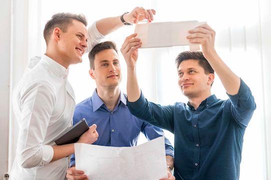 Manuel Kluge, Robert Schippl und Stephan Schicht (von links) sind die Gründer von Shadewings. Foto: Detlev Müller für Shadwings