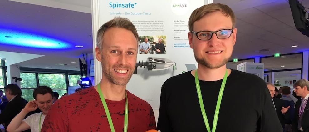 """Dennis Zappi (li.) und Gero Kraus sind die Gründer des Leipziger Startups """"Spinsafe"""". Foto: Stephan Hönigschmid"""