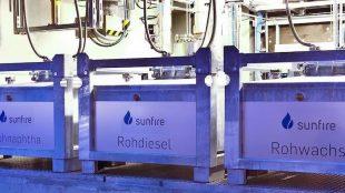 Blick auf die Produktionsanlage in Dresden, wo unter anderem Rohdiesel und Rohwachs hergestellt werden.Foto: PR/sunfire GmbH/renedeutscher.de