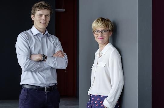 Die Rhebo-Geschäftsführer Klaus Mochalski und Kristin Pressler freuen sich über die Übernahme. Foto: PR/Christop Busse für Rhebo