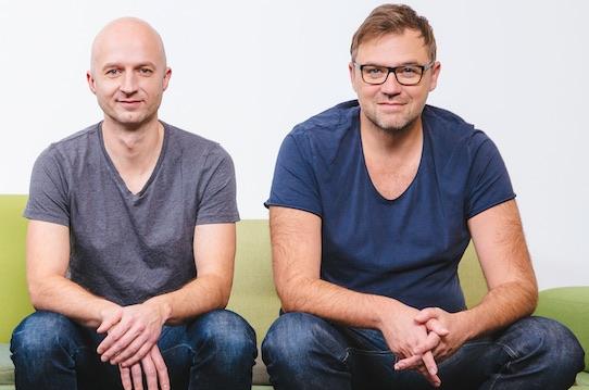 Evan-Geschäftsführer Thomas Müller (li.) und der Technische Direktor Thomas Herbst freuen sich über die Übernahme durch die US-Firma Blockchains. Foto: PR/evan GmbH