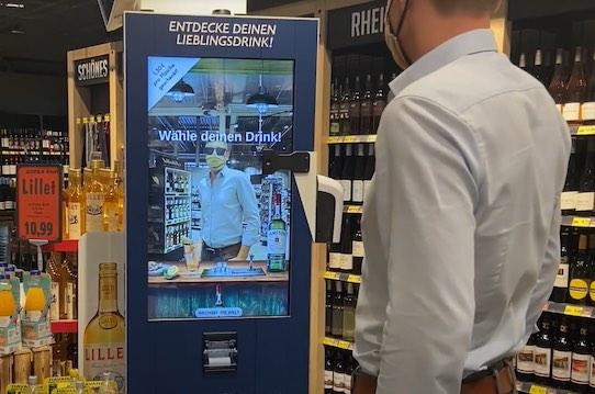 Obwohl es eine Maschine ist, geht die KI-Anwendung von Sensape fast so persönlich auf einen Kunden ein, wie ein Mensch. Foto: PR/Sensape